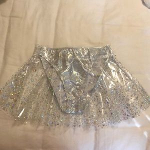 Clear skirt with silver stars and silver spandex